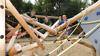 Neu in Haselbrunn: schicker Spielplatz mit Rutsche, Schaukel und multifunktionalem Klettergerüst